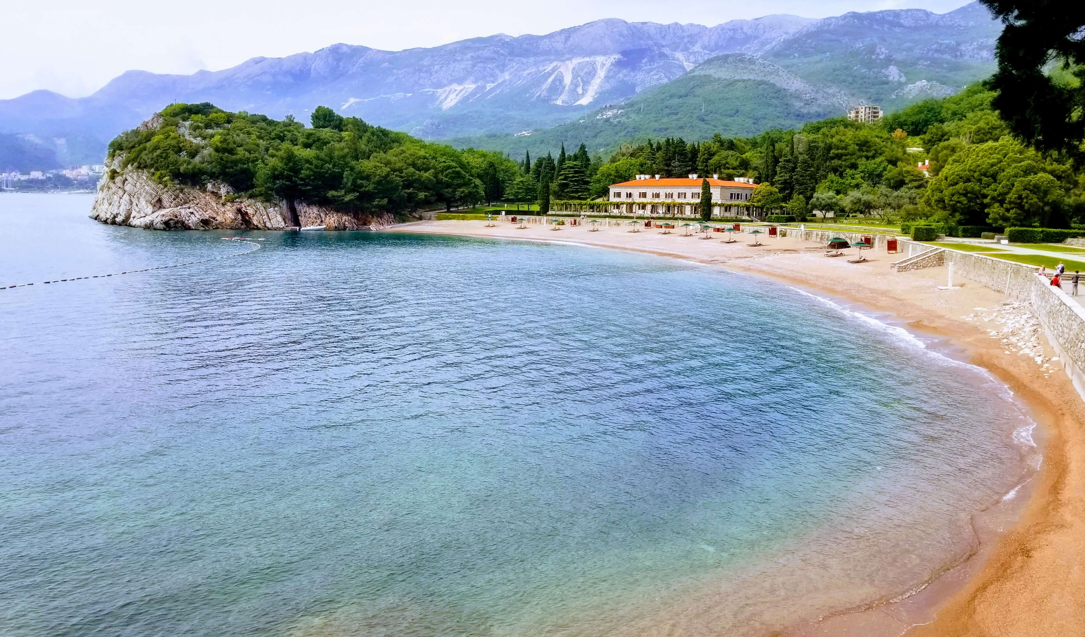Sveti Stefan north beach - the water is turquoise